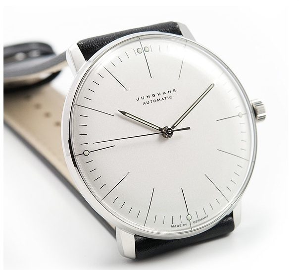 Design af Max Bill for Junghans.